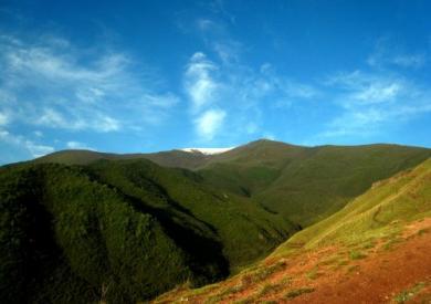 徒步攀登兰州最高峰马衔山攻略(3670m)
