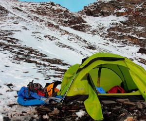 雪宝顶登山事故教训评析