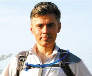 芬兰人维尔亚宁31天跑步穿越撒哈拉完成壮举