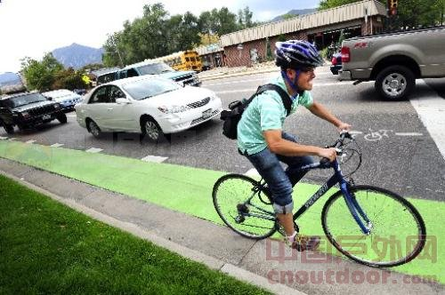 Biking in Boulder: City aims to reduce collisions with green lanes