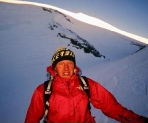 第18位完攀14座8000米的登山家Denis Urubko