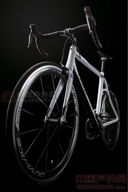 斯f系列碳纤维自行车美国上市-雷克萨斯碳纤维自行车 碳纤维自行车 图片