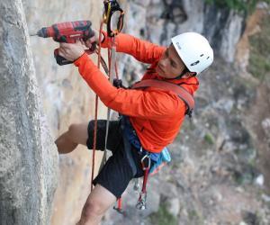 攀岩世界冠军钟齐鑫助力广西马山攀岩小镇建设