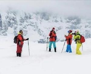中国游客南极表现出高素质 获外国探险队长点赞