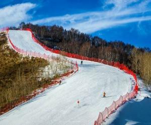 我国滑雪场地建设进入黄金发展期 增长迅猛亟待人才跟进