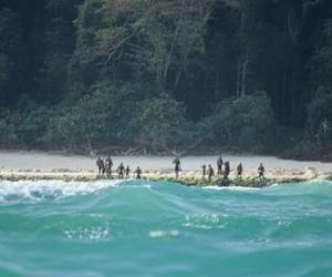 美国游客闯印度孤岛 被原始部落居民射箭杀死