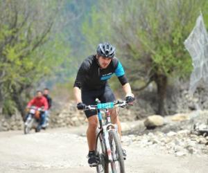 西藏环巴松措国际山地车环湖赛将于4月底举行